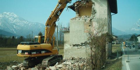 Demolizione fabbricato Villa Enemonzo